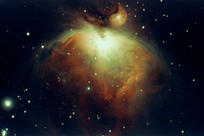 m42-orion-nebula-by-stellina