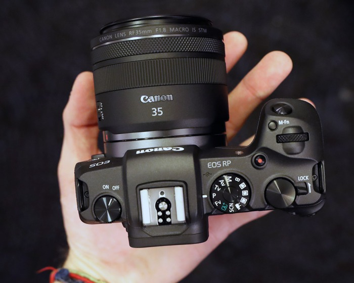 z-canon-eos-rp-inhand_top